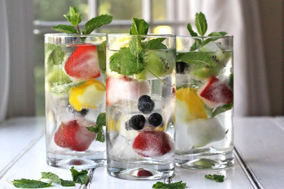 Cool Drink Fruit And Herb Infused Ice Cubes Fastslim